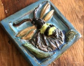 Bee Tile (4 x 4 inch apro...