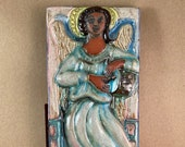 Vertical Angel with Drum Tile (4 x 8 inch aprox)