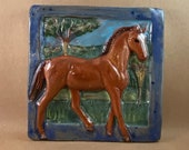 Horse Tile - Chestnut with satin blue border (6 x 6 inch aprox)