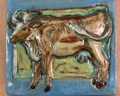 Cow Tile Blue Border (5.5 x 6 inch aprox)