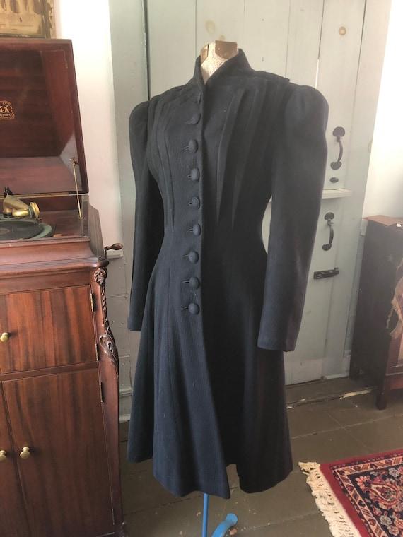 Vintage Edwardian 1900s 1910s black wool coat