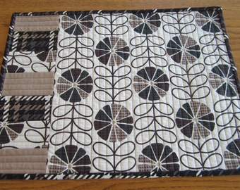 Fabric Placemats - Quilted Placemats - Set of Two Placemats - Brown & Off-White Placemats - Contemporary Design - Modern Design Placemats