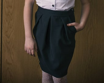 Tulip pleated skirt with pockets PDF Pattern.Pleated skirt with pockets for girls age 6 to 13.PDF Tulip skirt.Skirt PDF pattern for girls