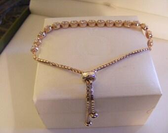 Pretty Bracelet With Stones