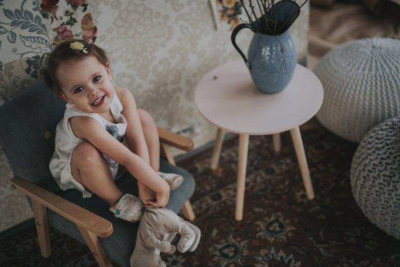 Zitstoel Voor Baby.Klein Grijs Autostoel Voor De Baby Stoel In Uw Kinderkamer Etsy