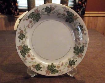 Noritake *-* DAPHNE *-* Dinner Plate