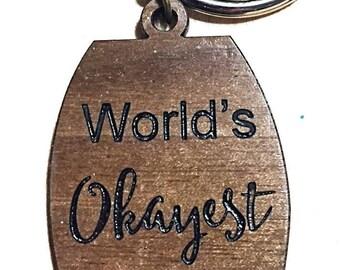 World's okayest aunt keychain
