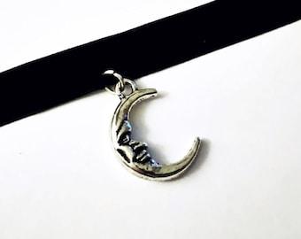 Crescent Moon Choker, Black Velvet Choker with Silver Moon Pendant, Gothic Jewelry