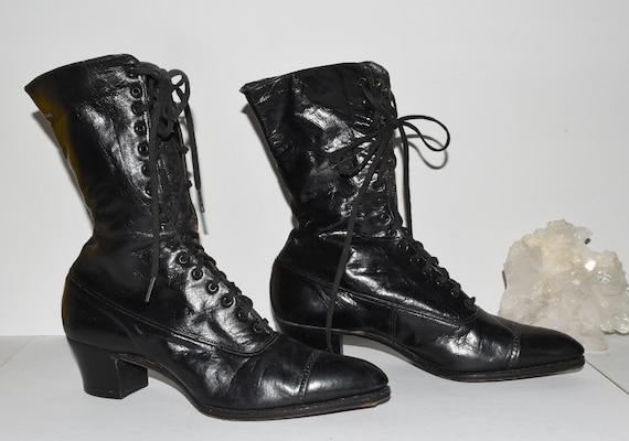 Vintage Antique Black Leather Ladies Lace Up Shoes