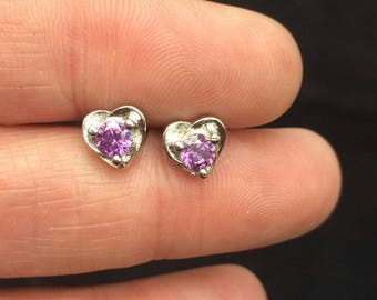 Stunning silver heart stud earrings with lovely stones as new