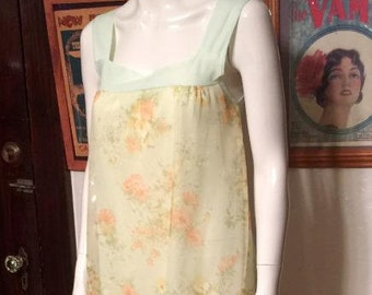 Beautiful Vintage 60s/70s Floral Chiffon Babydoll Nightie Peignoir S/M