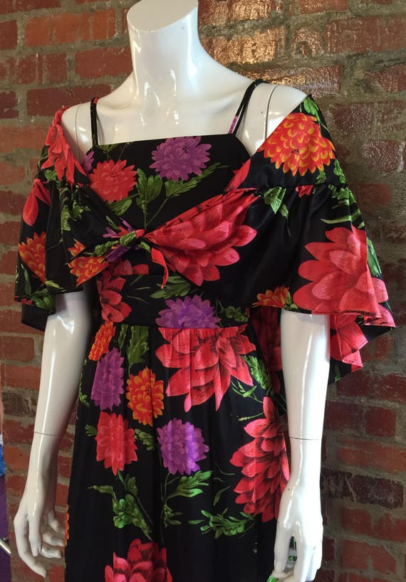 Vintage 60 S 70 S Red Black Floral Vicky Vaughn Prom Etsy