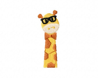 Brainy giraffe machine embroidery design, giraffe embroidery design, giraffe glasses embroidery design