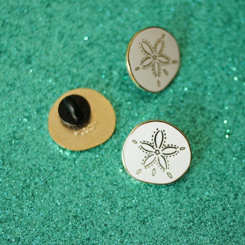 8dde4d8e8 ... Sand Dollar Enamel Pin Shell Lapel Pin // Hard Enamel Pin image 2