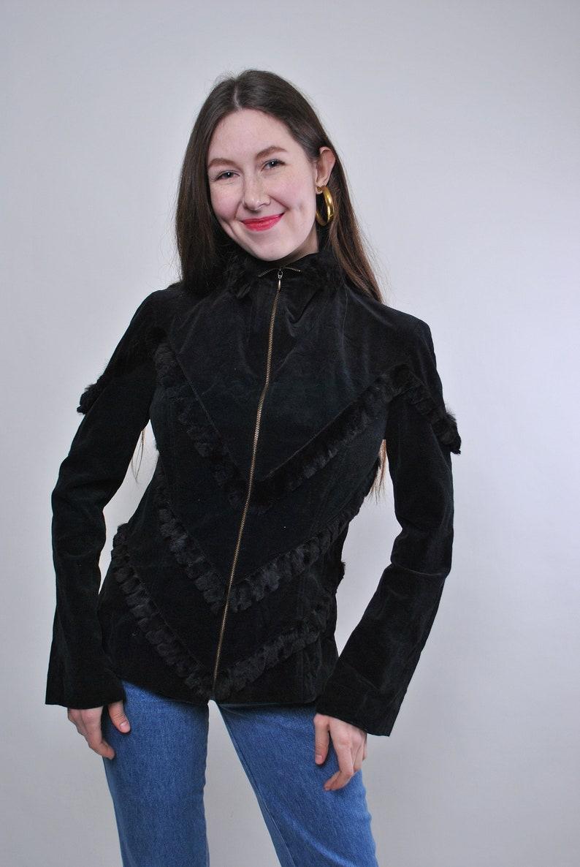 Vintage zipped up velvet black blouse Size M