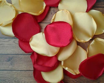 Red And Gold Wedding Table Decorations from i.etsystatic.com