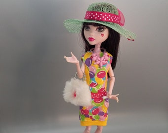 Monster High clothes: MH dress, hat, original shoes, purse and necklace