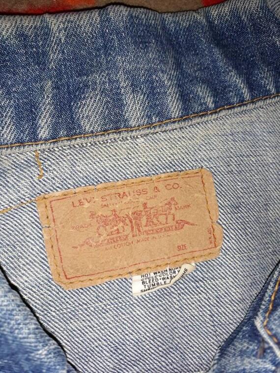 Levis Big E Denim Vest Sz M/L - image 4