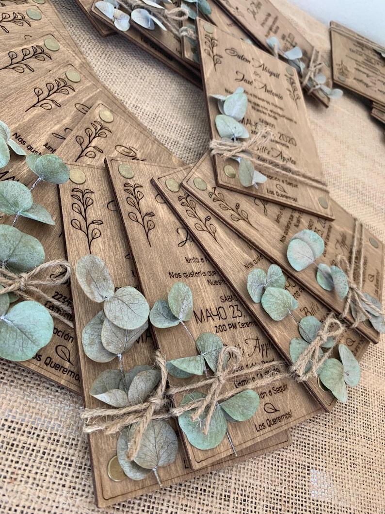 Eukalyptus Hochzeitseinladung aus Holz