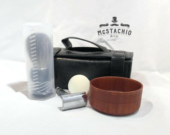 Featured listing image: Travel Shaving Kit