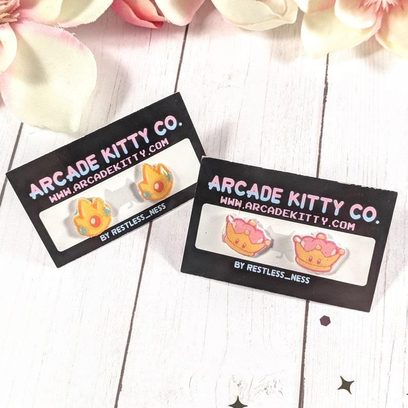 Princess Peach  Peachette Toadstool Crown Stud Earrings image 0