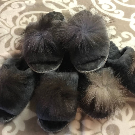 Fur Fluffy slippers ,Womens slippers,Sheepskin cozy ,Home shoes,Sheepskin slippers,Gift for her,Grey slippers,Organic shoes.