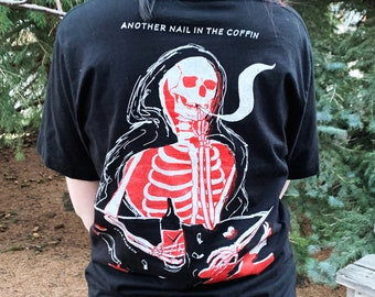 Nail in the Coffin Skeleton Screen printed T-Shirt Black