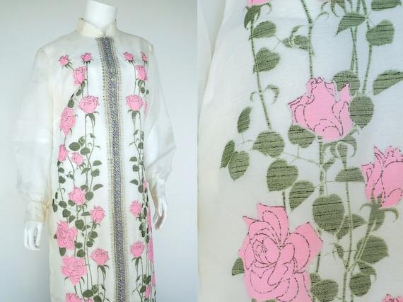 Alfred Shaheen 1970s Dress / Caftan Rose Pattern