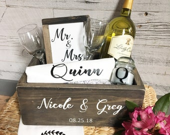 0e8ef4f81a2 Bridal Gift Box   Bridal Gift   Bridal Shower Gift   Wedding Gifts    Personalized Gift   Wood Box   Gift Basket   Wine Box