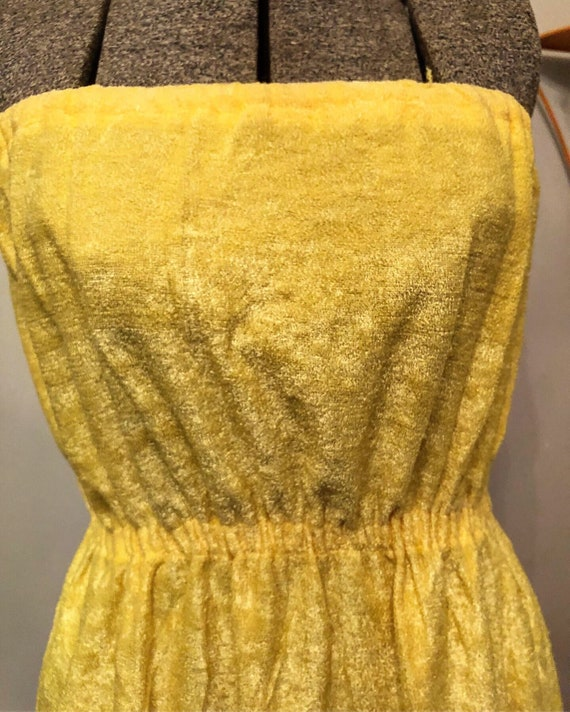 SALE | 70s Yellow Towel Dress - image 5