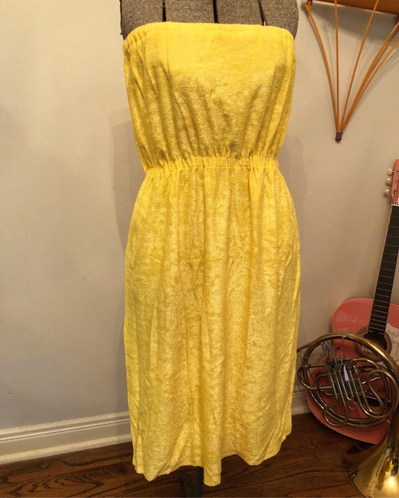SALE | 70s Yellow Towel Dress - image 3