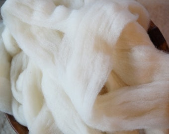 Bailey Farm Pin Drafted Merino natural white wool roving from our American farm