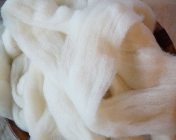 Pin Drafted Merino natural white wool roving from our American farm