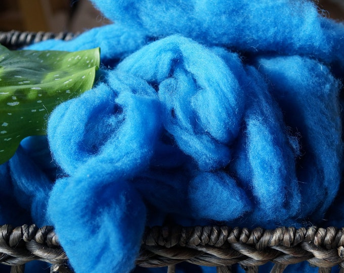 Cornflower wool roving from our American farm, free shipping offer