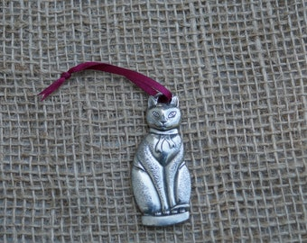 Chalkware Cat ornament Danforth Pewterers Christmas decoration. Made in the USA.