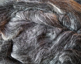 BLACK wool and silk roving for spinning from Louet