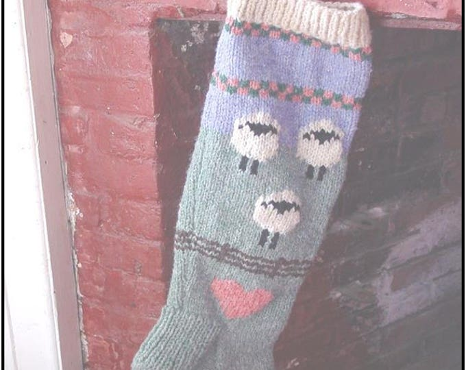Sheepy Christmas Stocking Pattern uses worsted weight yarn