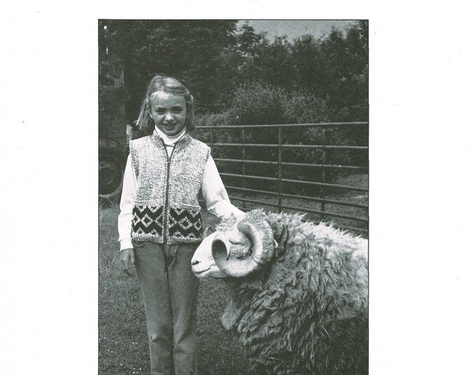 eweCanknit cozy zip vest for kids knitting pattern worsted weight yarn
