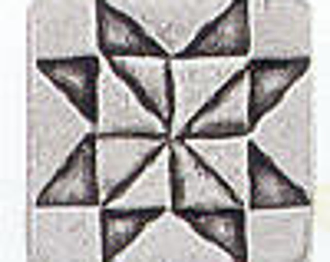 Danforth Button: Quilt SAWTOOTH STAR  pewter shank button