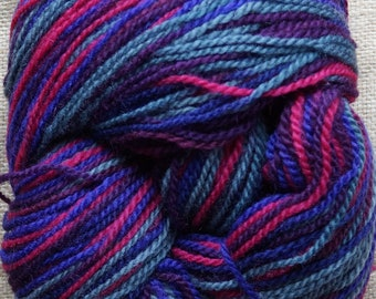 Worsted yarn: Multicolor pink-purple-gray worsted wool yarn 594 yds