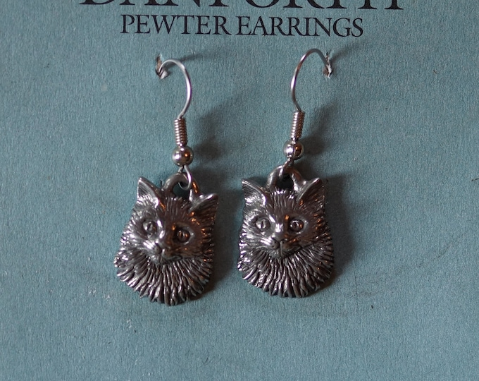 Danforth Ragamuffin cat pewter wire earrings, made in the USA