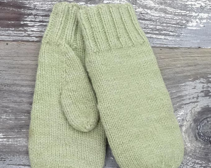 Classic 5 Needle Mittens for the Family Kats Patterns for knitting with worsted weight yarn digital
