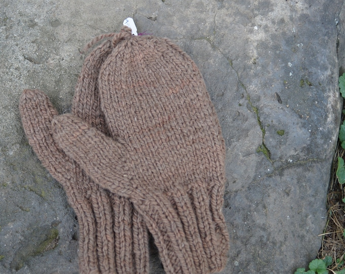 Ladies medium Cocoa hand knit and hand dyed wool mittens made on our USA farm frm our sof wool yarn