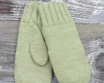 Kat's Patterns: Classic 5 Needle Mittens for the Family for Knitting with worsted weight yarn