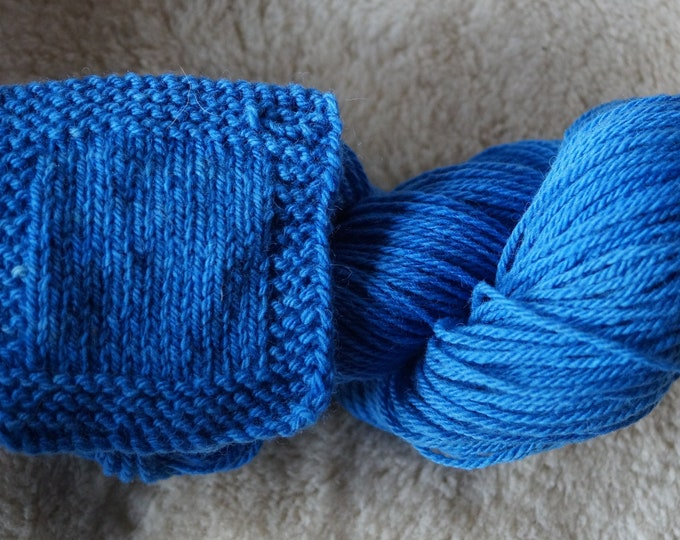 Cornflower blue worsted weight 3 ply soft wool kettle dyed farm yarn from our American farm free shipping offer