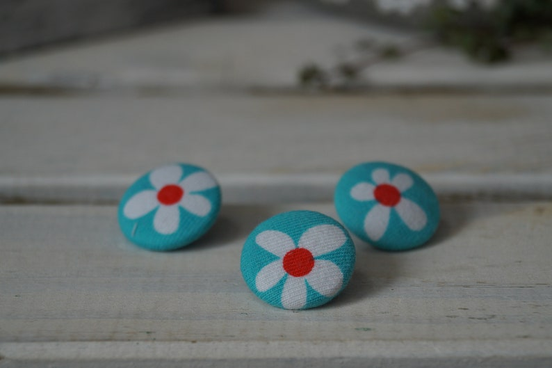 Fabric button / unique image 0