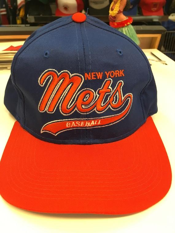 be0919d1f3dcc Deadstock Vintage New York Mets MLB Baseball Starter Script