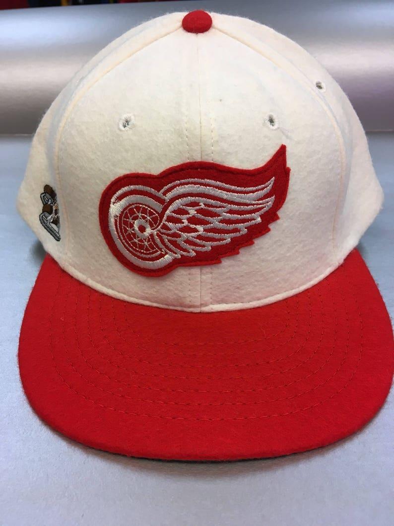 33388ef0b5f Vintage Detroit Red Wings orlon wool 70 30 snapback hat