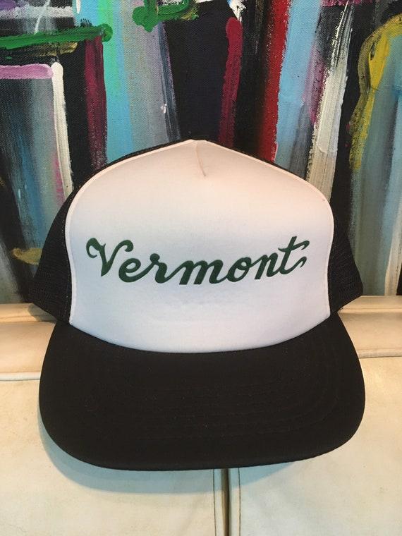 Vintage 1980s Vermont Souvenir Tourist Black White