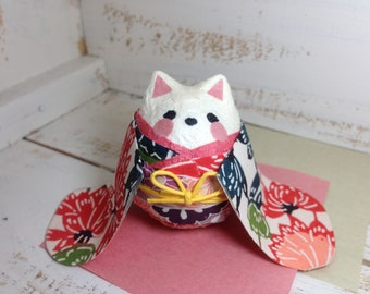 Withe Cat with Kimono roly-poly